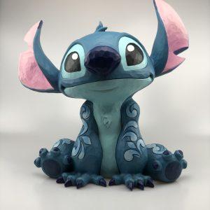 "Disney Traditions Showcase beeld Stitch ""Big Trouble"" 36 cm Hoog"