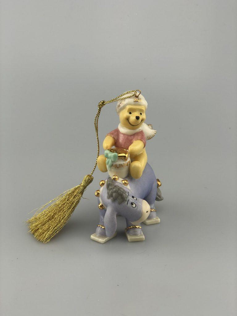 Kerst Ornament Kerstbal Porselein Lennox Winnie de Pooh met Eeyore 2003